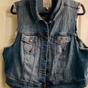 Torrid cropped jean vest